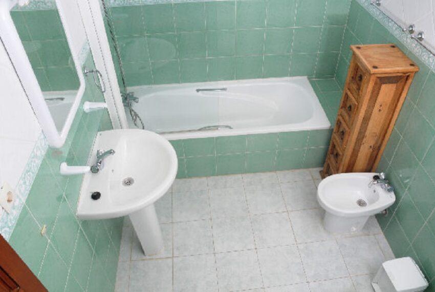 Mapendo JOSE 037.jpg green bath