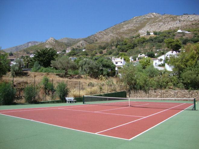 Tennis court 002