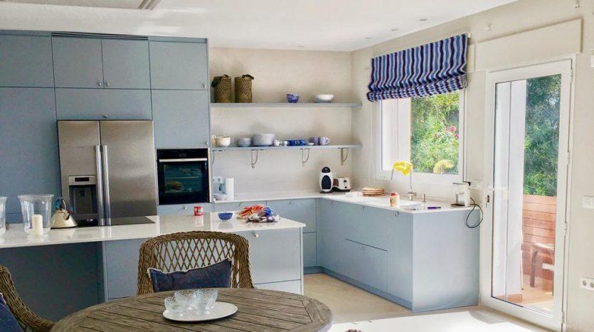 kitchen-2-835x467