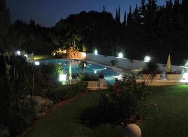 night-photo-640x467